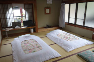 Yochi-in temple lodgings room