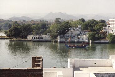 Udaipur lakeshore