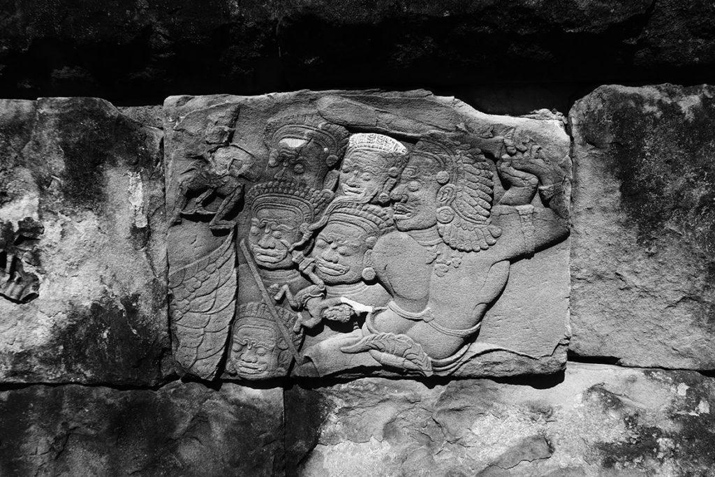 Bakong relief