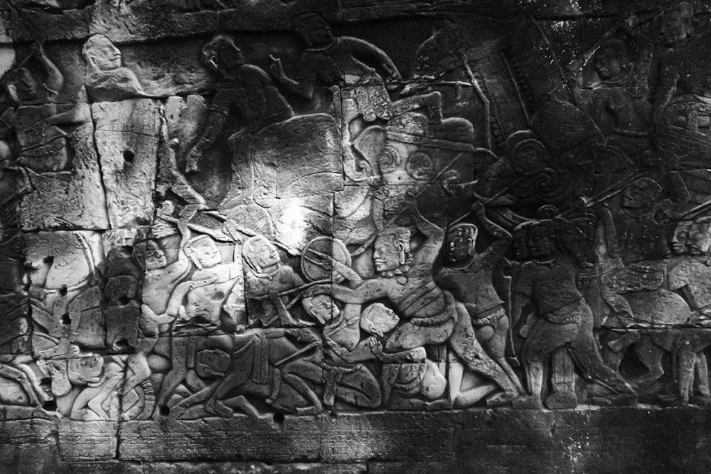 Bayon reliefs (Photo by Carol)