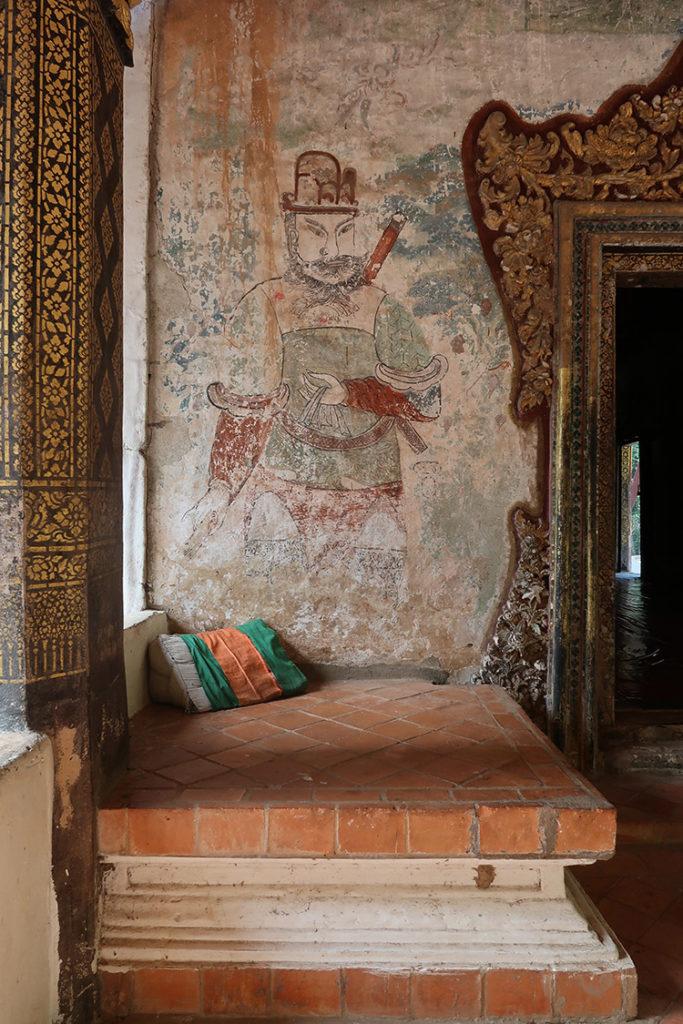 Outside wall of Wat Longkhun