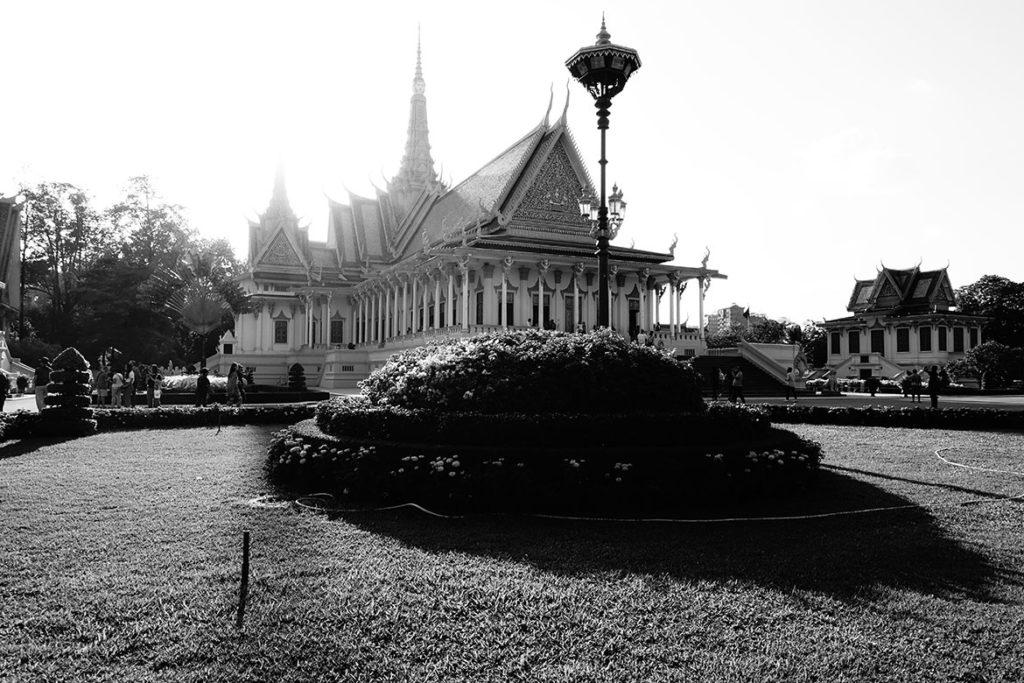 Royal Palace throne room (Photo by Carol)