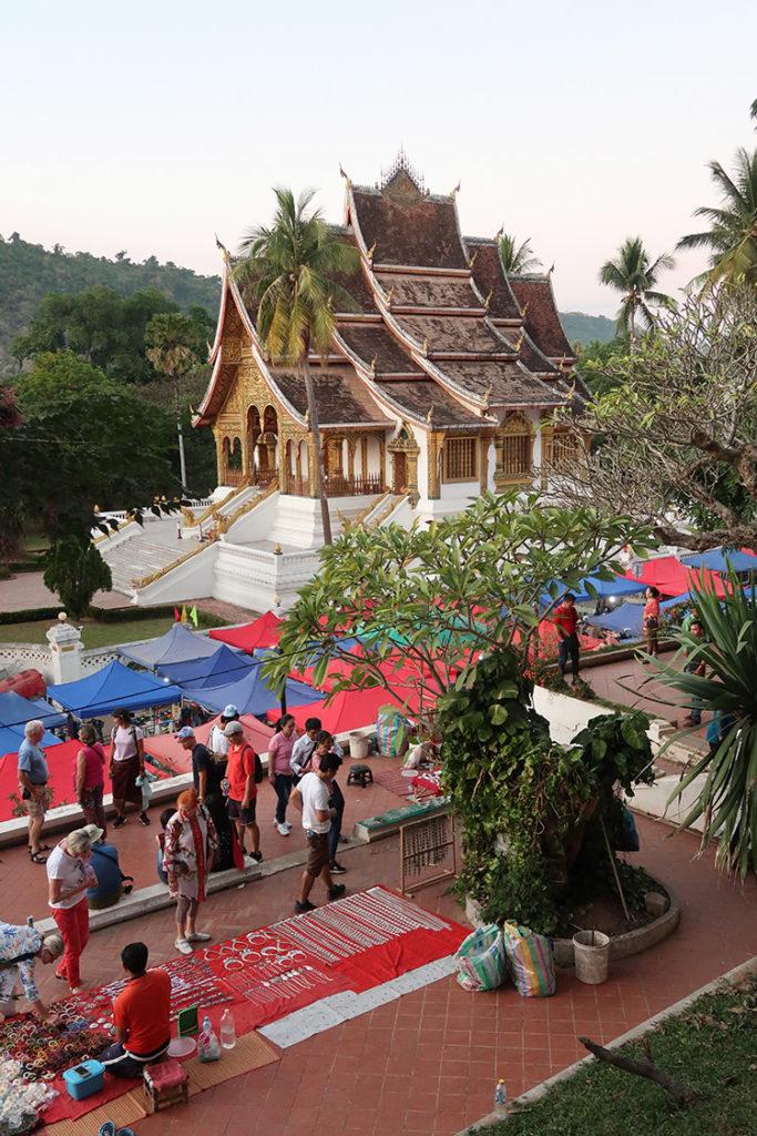 Base of Phu Si